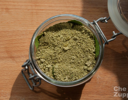 Ricetta del sale aromatico fatto in casa