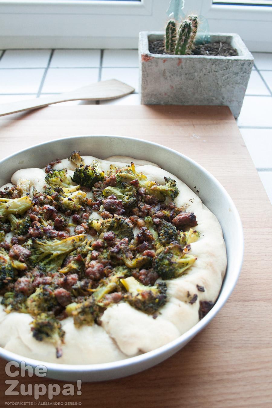 focaccia-broccoli-salsiccia01