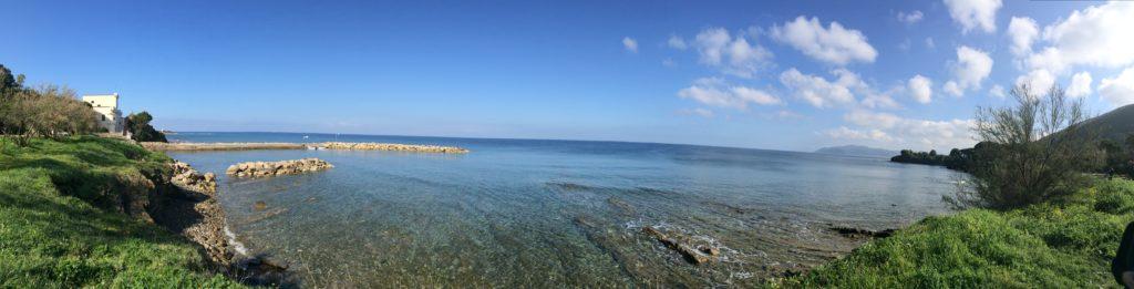 Punta Licosa e il colore del mare del cielo e della terra
