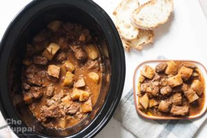 Spezzatino con patate, la ricetta cotta nella slow cooker electrolux