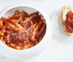 La ricetta del ragù con i pezzetti di carne