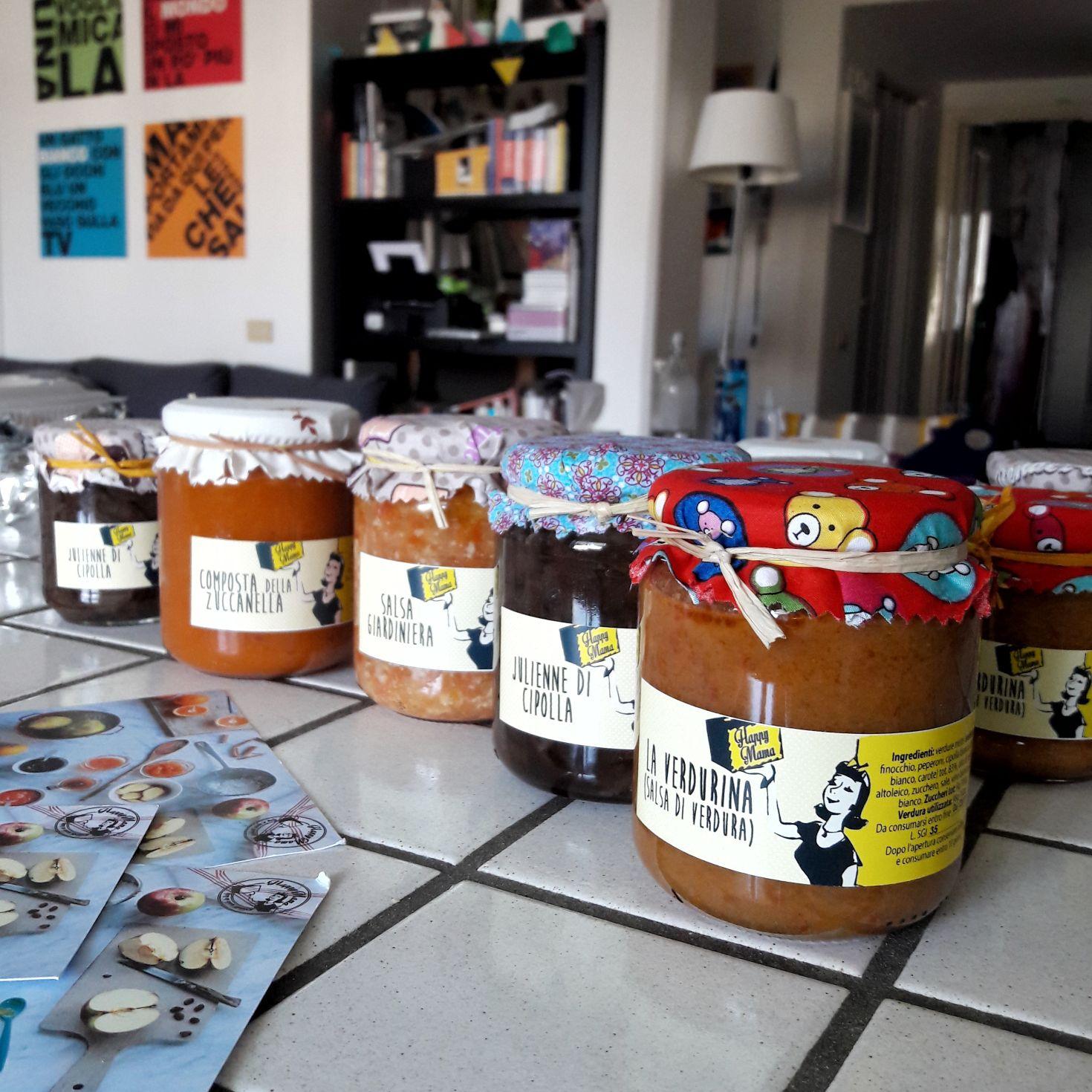 Una selezione dei prodotti Happy Mama