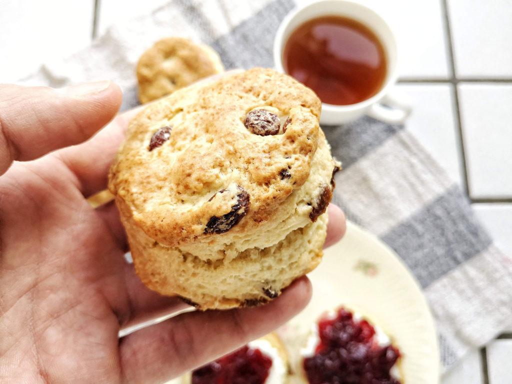 scones inglesi realizzati con cremor tartaro e bicarbonato di sodio