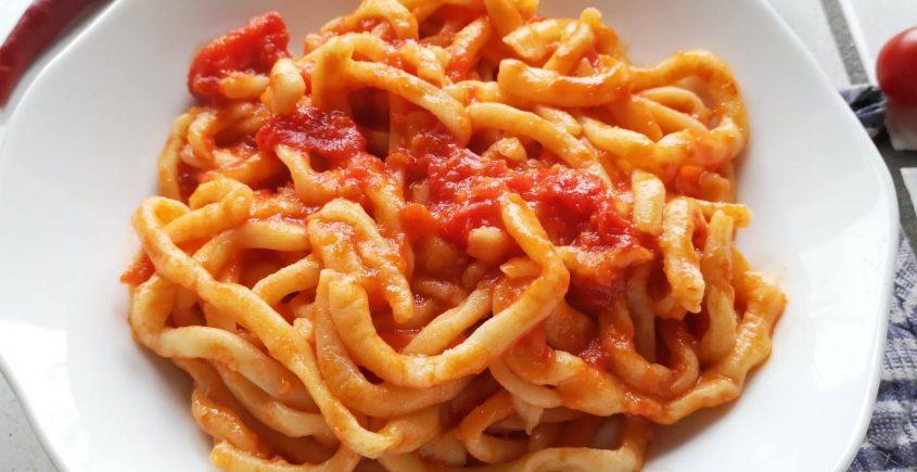 pici all'aglione, ricetta di chezuppa