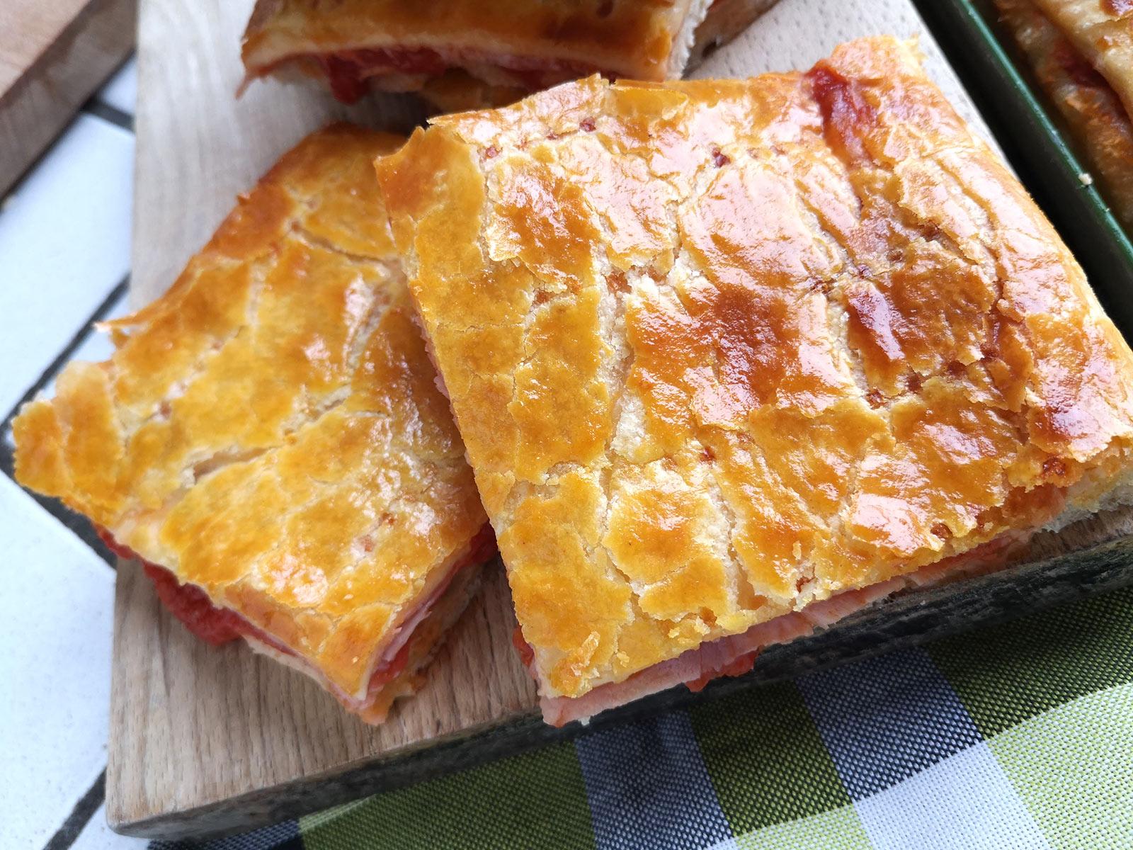 la ricetta della pizza parigina napoletana