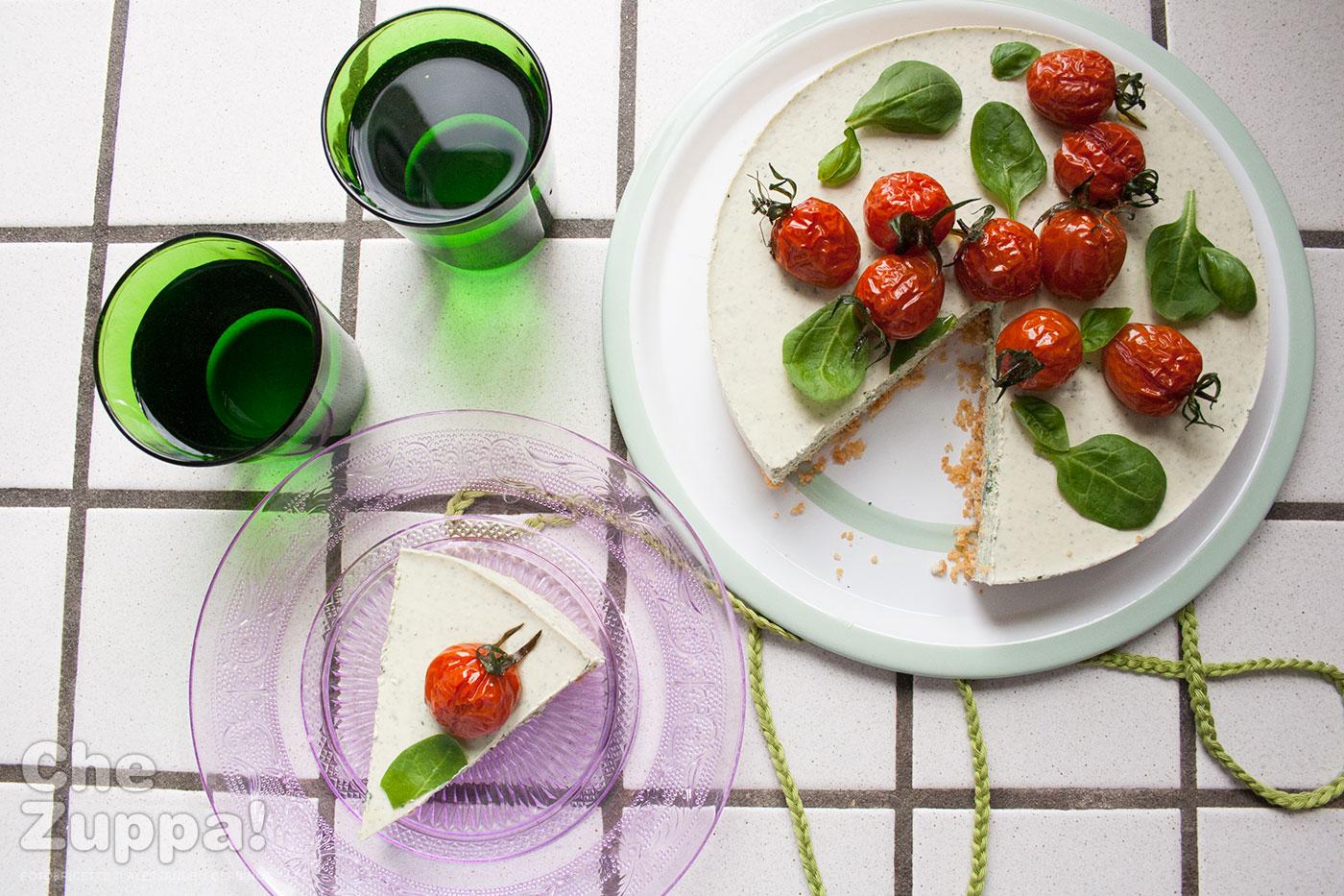 Cheesecake alle erbe aromatiche senza cottura