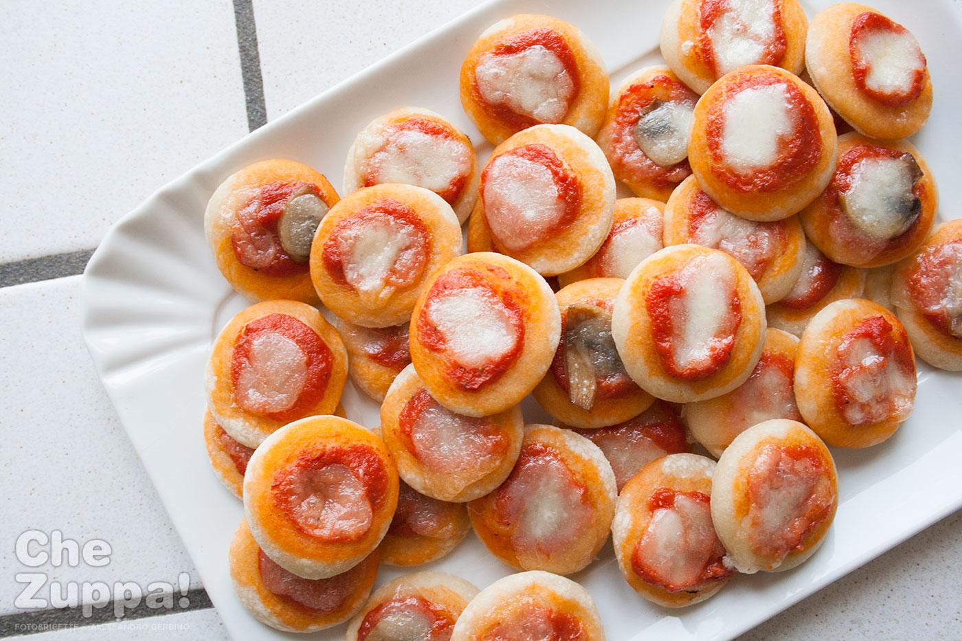 Ricetta pizzette per buffet e aperitivo