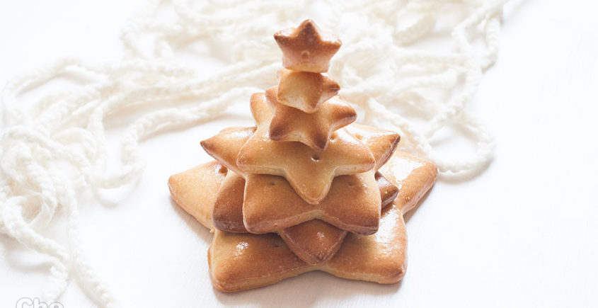 Centrotavola natalizio, albero di natale di pane