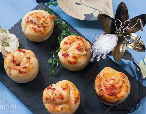 Pizza Muffin, ricetta con lievito di birra. Ricette da divano