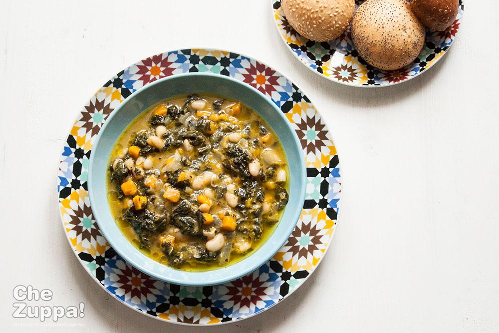 zuppa di cavolo nero, zucca e fagioli cannellini