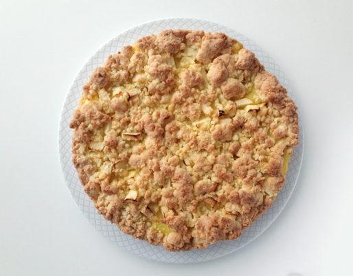 torta alla crema e mele sbriciolata