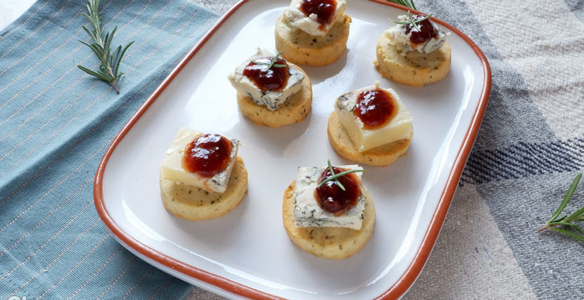 biscotti salati al rosmarino con composta Happymama