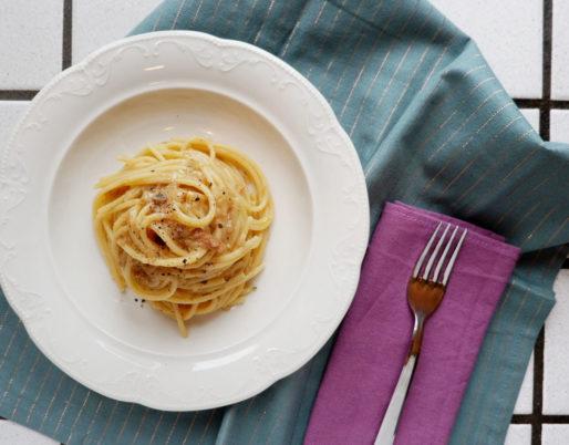Spaghetti con le sarde. Ricetta regionale italiana. Ricetta di Verona