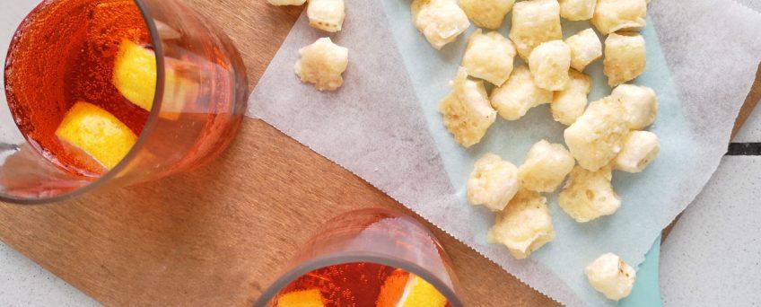 chips di croste di parmigiano al microonde
