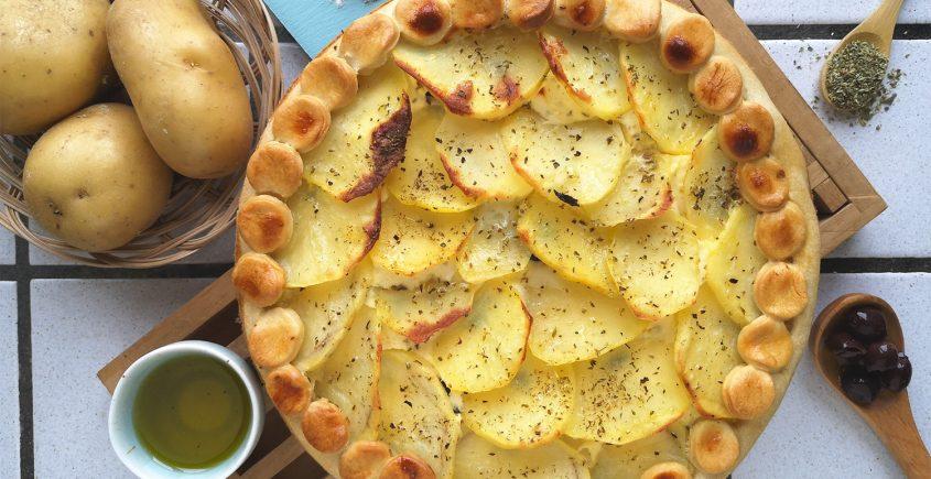 Torta salata con feta e patate